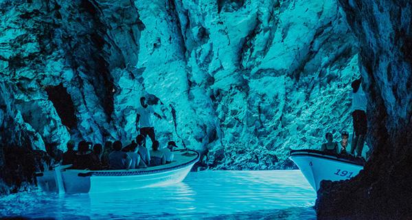 <h4>Blue cave (Bisevo island)</h4>