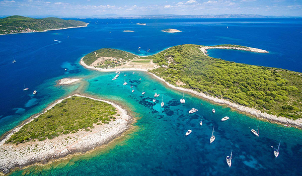 <h4>Blue Lagoon (Budikovac island)</h4>